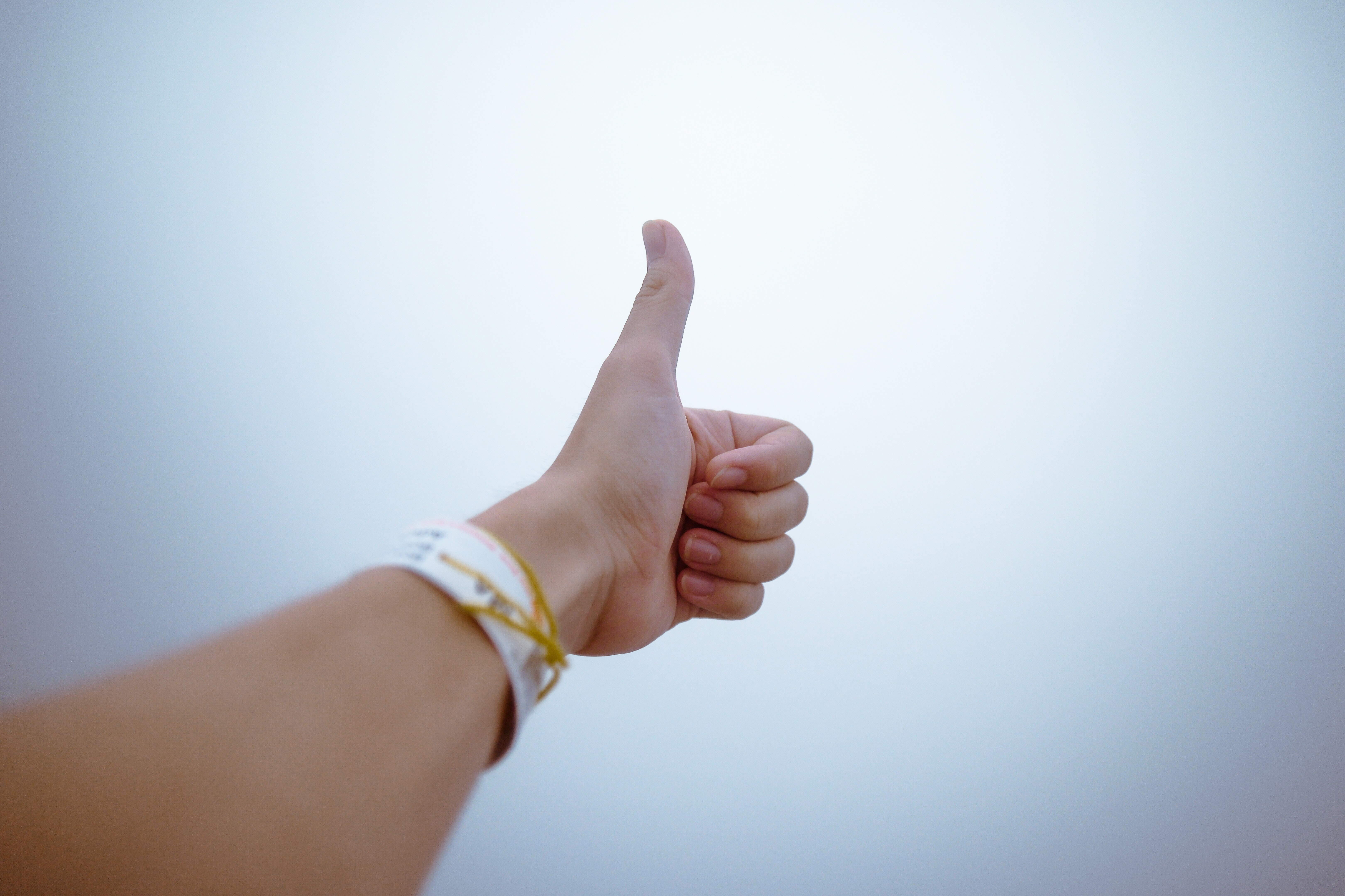 oicture of a thumbs up